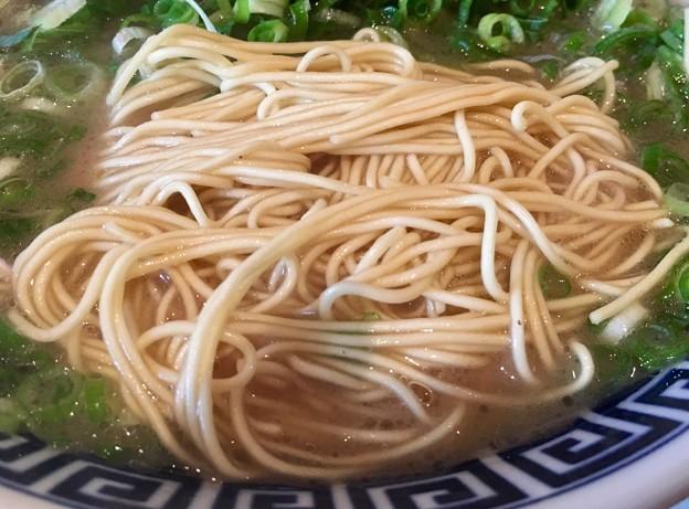 御天 井草本店、ネギラーメンの麺