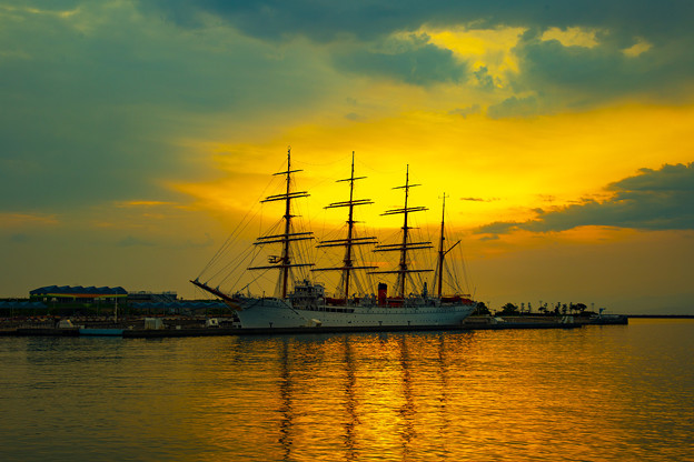 海王丸パークの夜明け IMG_5564