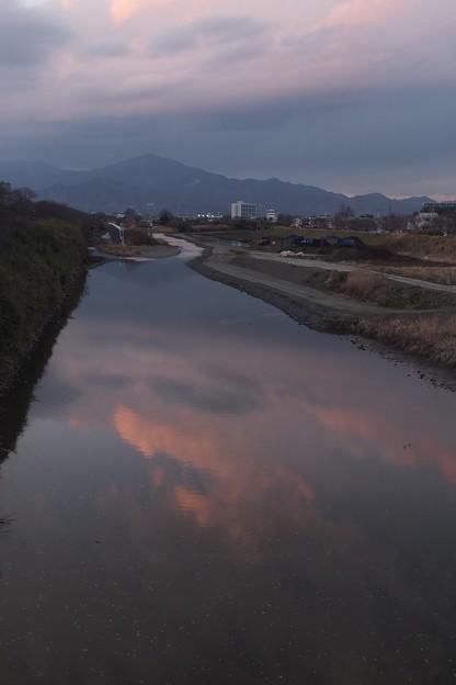 Photos: 夕雲の鏡像
