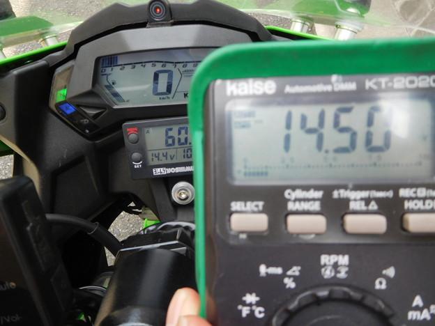 写真: 充電系チェック 002