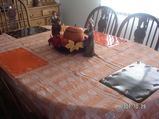Photos: halloween table