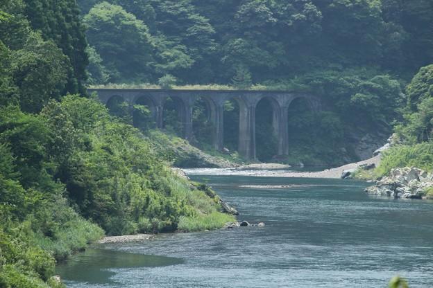 小崎橋梁遠景