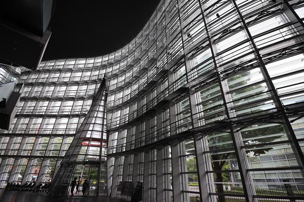 Photos: 国立新美術館