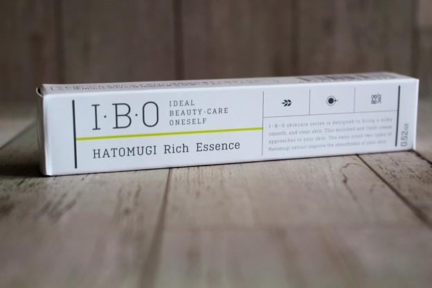 I・B・O ハトムギ配合リッチエッセンス