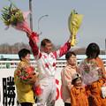 写真: 山本 正彦 騎手1500勝達成セレモニー_5(06/05/03・旭川競馬場)