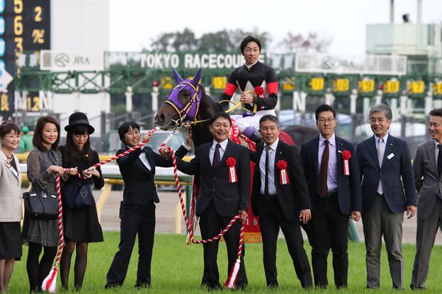 Photos: 第54回 京王杯2歳ステークス 口取り(18/11/03)