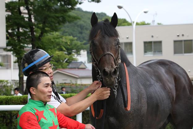 シゲルクロカジキ 口取り_1(18/07/07・4R)