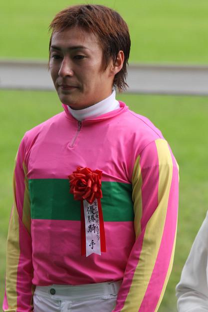 佐久間 寛志 騎手(09/10/17・第11回 東京ハイジャンプ)