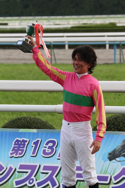 白浜 雄造 騎手(11/11/12・第13回 京都ジャンプステークス)