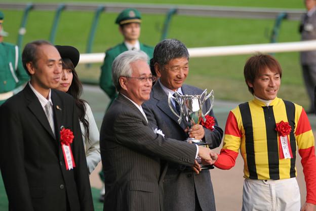 第11回 東京中日スポーツ杯 武蔵野ステークス表彰式(06/10/28)