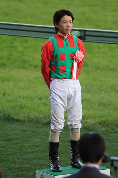 Photos: 松岡 正海 騎手(10/12/04・第44回 スポーツニッポン賞ステイヤーズステークス)