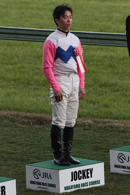北村 宏司 騎手(12/12/01・第46回 スポーツニッポン賞 ステイヤーズステークス)