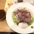 Photos: ローストビーフの十三穀米サラダご飯