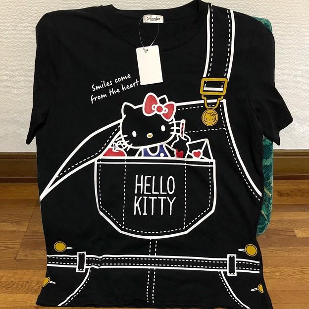 ハローキティ Tシャツ