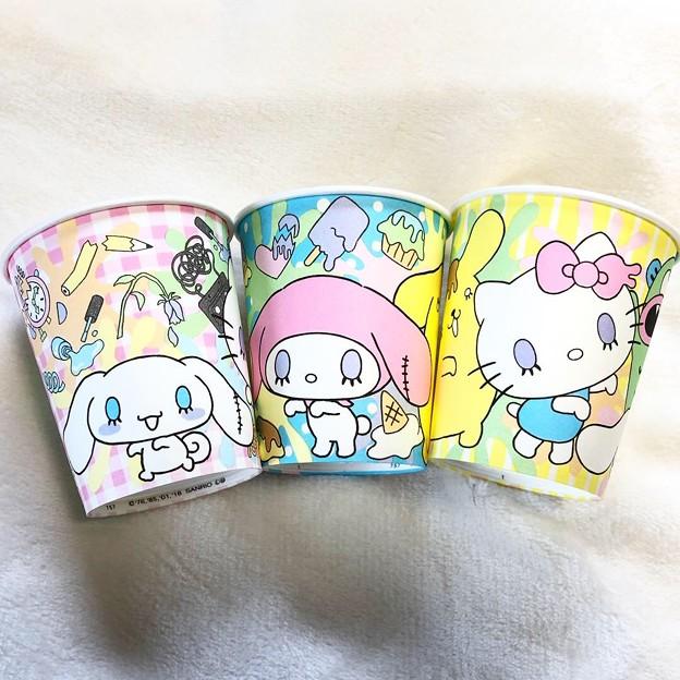 サンリオキャラクターズ 紙コップ