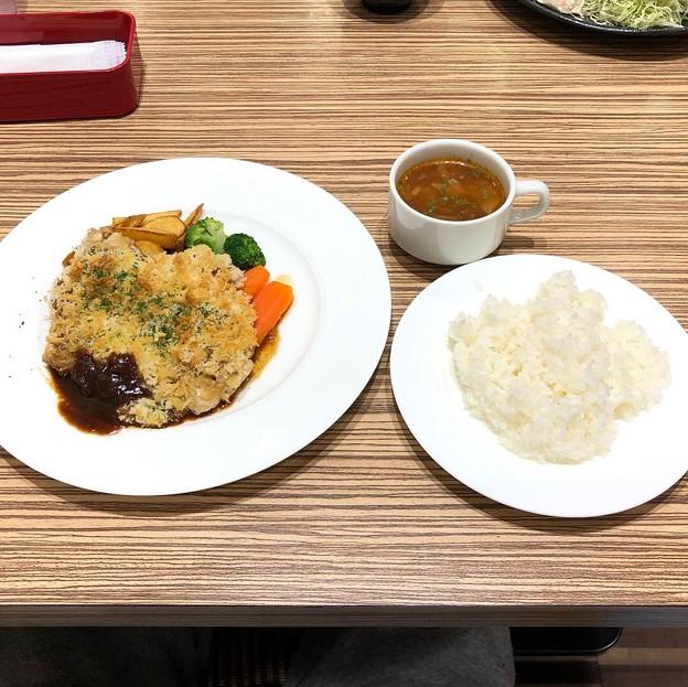チキンカツ ディアブル風、洋食セット