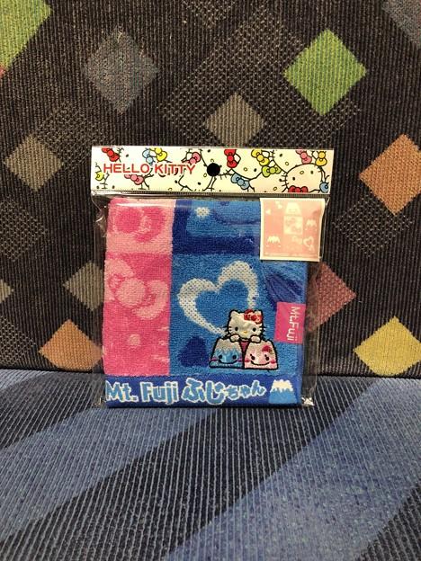 ふじちゃん×ハローキティ 富士山限定 ふじちゃんツイン (ジャガードタオル) リボンタイプ