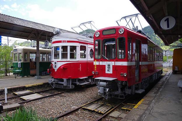 s0024_旧名鉄美濃駅の展示車両