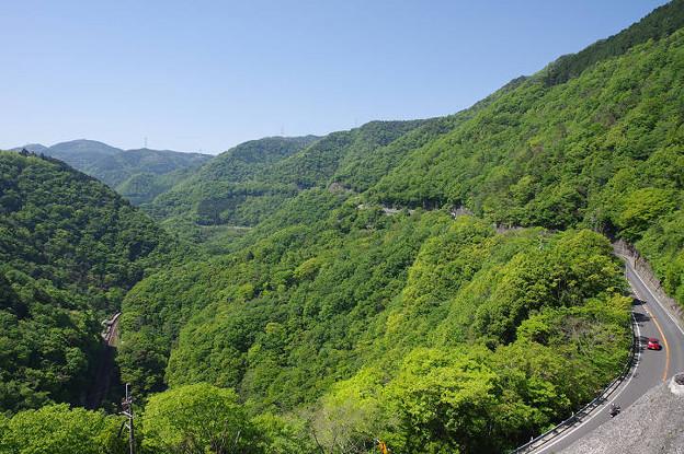 s5429_坪尻駅俯瞰遠景と国道32号線