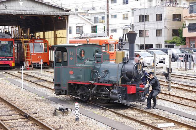 s6761_坊ちゃん列車14号機関車回転中