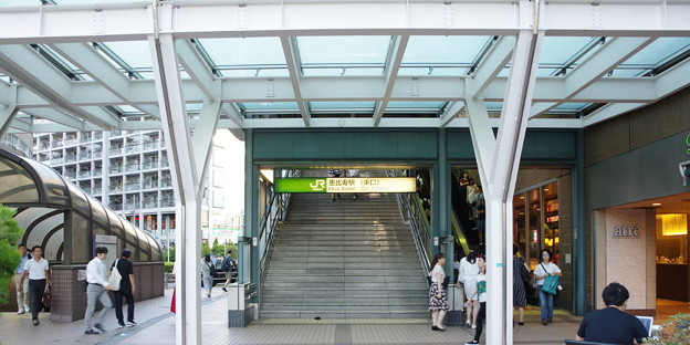 s3165_恵比寿駅東口南入口_東京都渋谷区_JR東_rt