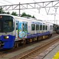 Photos: s7203_泊駅2番ホームで同一線路上に2列車が停車