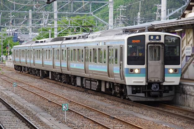 s8033_JR大糸線3242M松本行_N338編成クモハ211-3039他_信濃大町