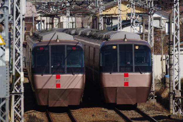 s2024_小田急はこね16号EXE30000形とはこね21号EXE30000形_渋沢~新松田_t