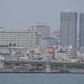 Photos: s2105_とまりん・リュークスタワー_海から