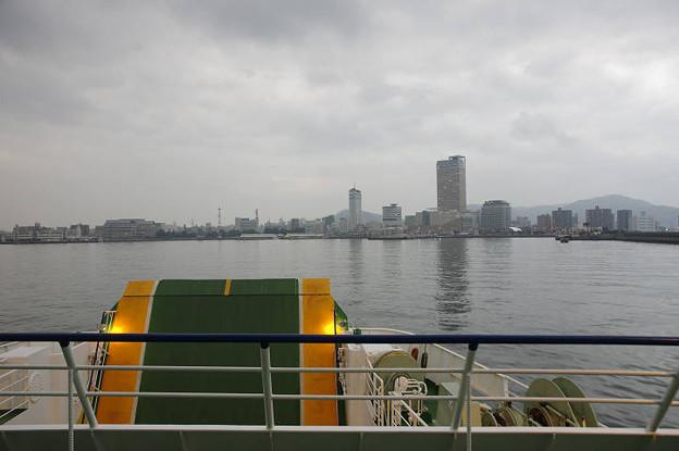 Photos: s7069_池田~高松航路からの風景_高松