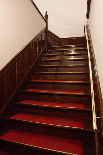 Photos: s6417_門司港駅1階からの昇り階段