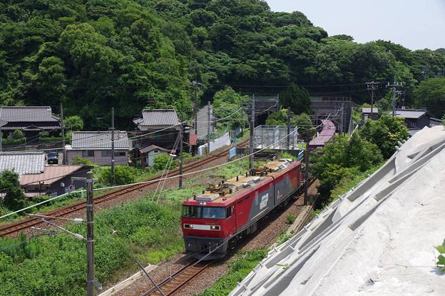 s6614_山陽本線上り貨物列車_EH500-72他_関門トンネル出場