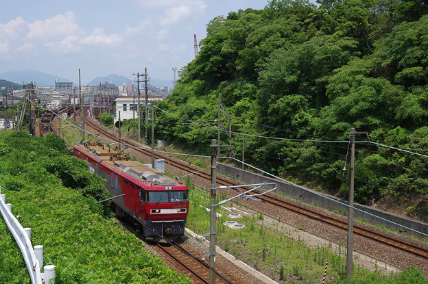 s6642_山陽本線下り貨物列車_EH500-70他_下関~関門トンネル間上り線走行