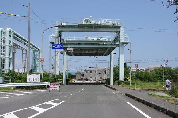 s6687_下関漁港閘門の水門橋_t