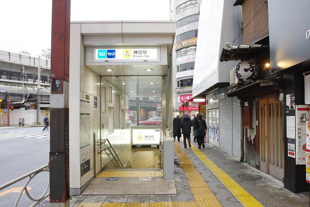 s2083_神田駅地下4番入口_東京都千代田区_東京メトロ_t