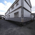 s3597_倉敷美観地区白壁