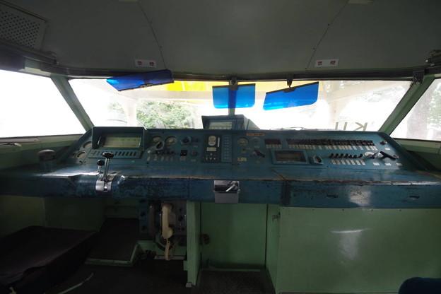 s7910_新幹線21-59静態展示_運転台