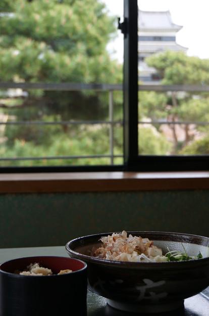 Photos: お城の見える蕎麦屋