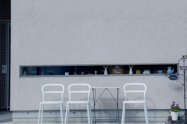 Photos: 長い窓