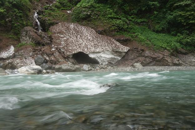 雨の黒部峡谷