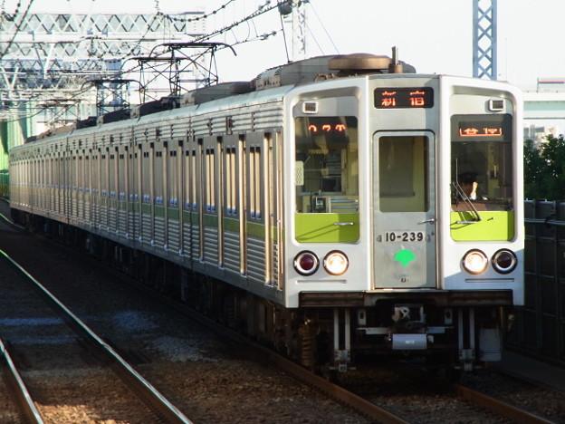 都営新宿線 普通新宿行 RIMG5312