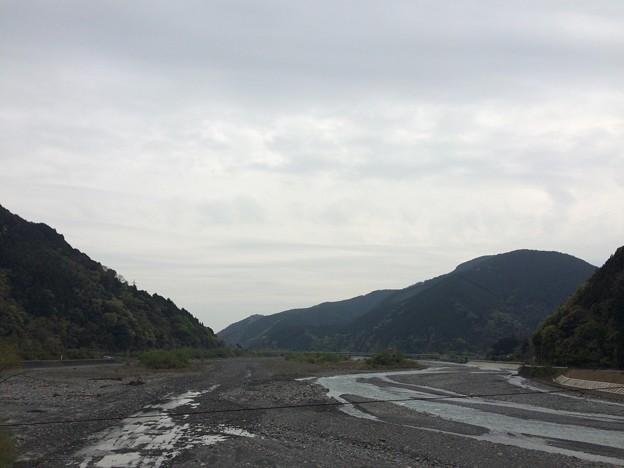 安倍川中流 海の方向