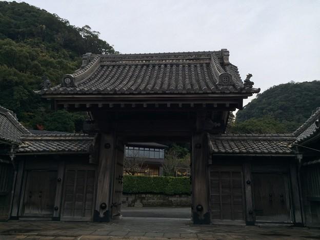 仙巌園 門