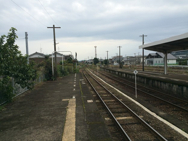 指宿駅から山川・枕崎方面を望む
