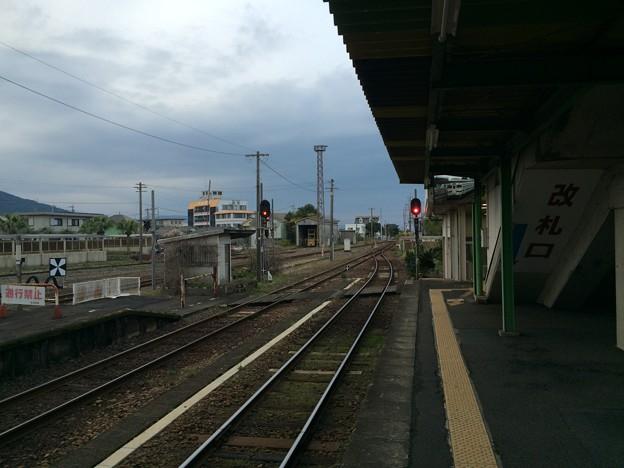 指宿駅から再度、鹿児島中央方面を望む