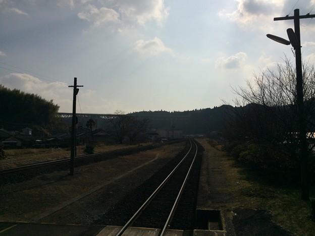 大角横川駅より隼人・鹿児島方面を望む