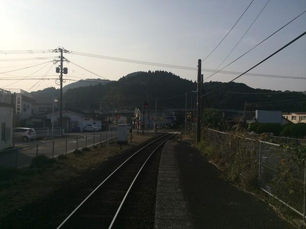 南郷駅より志布志方面を望む