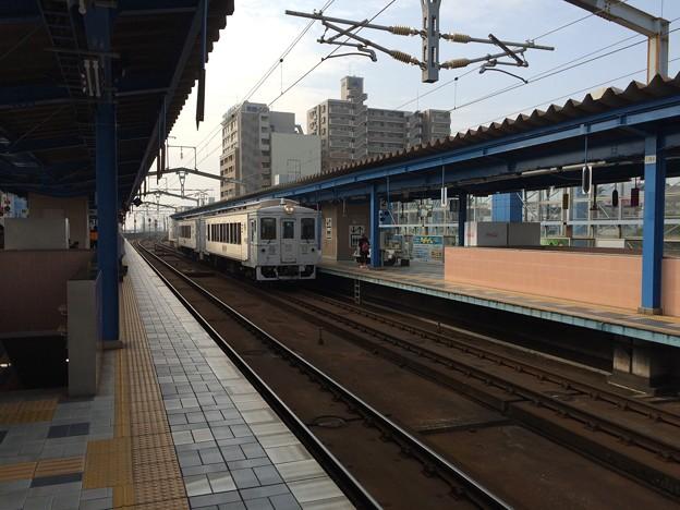 宮崎駅に停車中の特急「海幸山幸」