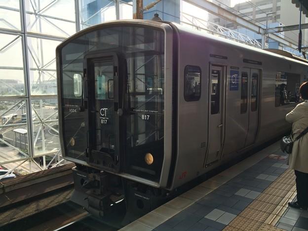 宮崎駅に停車中の普通列車