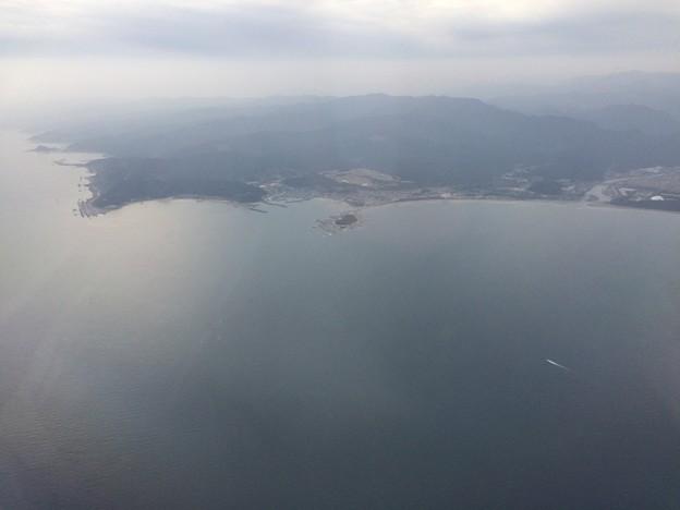 飛行機から青島が見える1